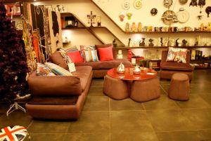 living room by Galerie Vanlian